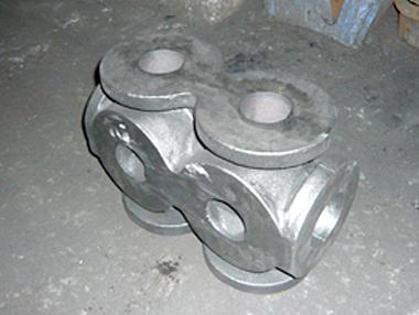 鋳造製品 製品紹介|手込め鋳造でのダクタイル鋳鉄、ねずみ鋳鉄の砂型鋳造|太田鋳造所